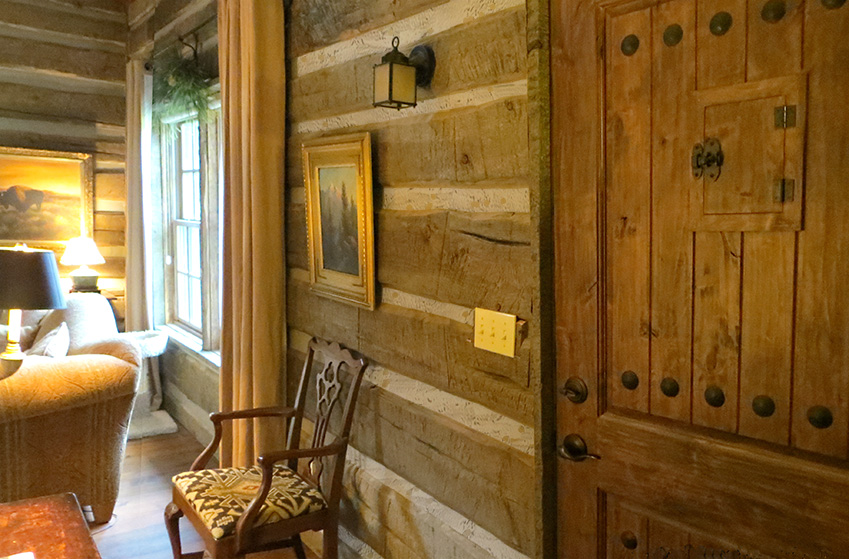 Ordinaire Hand Hewn Distressed Log Cabin Siding.